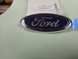 NOS 1998 2004 FORD MUSTANG TRUNK FORD OVAL EMBLEM NEW IN FORD PACKAGE