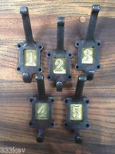 5 x GHISA SCUOLA Ganci Appendiabiti con numero IN OTTONE inserisce ~ stile vintage ~