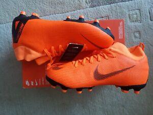 Nike Kinder Fussballschuhe Gr.38.5