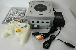 Nintendo GameCube GCN Original Konsole DOL-101 PAL Silber Silver + FIFA 06 OVP