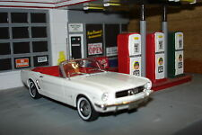 Minichamps 1964½ FORD MUSTANG 1/43 New In Box