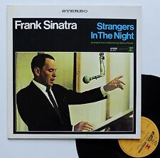 "Vinyle 33T Frank Sinatra  ""Strangers in the night"""