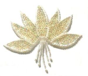 Blanc Grand Fleur Floral Perlé Pailleté à Coudre Couture Applique Craft Patch