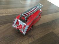 DINKY SUPERTOY VINTAGE  COMMER FIRE ENGINE #955  USED ORIGINAL CONDITION.