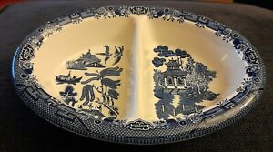 2 section serving vegetable dish Churchill pottery blue/white willow pattern VGC