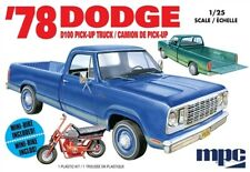 1978 Dodge D100 Custom Pickup with Minibike 1/25 MPC 901 Plastic Model Kit