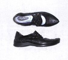 B comme BOCAGE chaussures plates cuir noir P 38 TBE