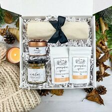 Autumn Self Care Gift Box | Candle, Pumpkin Tea, Herbal Bath Salts, Tote Bag