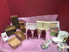 VINTAGE DOLL HOUSE FURNITURE LOT EXCELLENT CONDITION