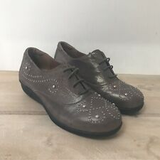 Women Gravity Defyer Comfort Lace Up Shoes Size 9.5M Metallic Gray