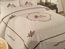 New ListingNew Cracker Barrel Queen Cardinal Greetings Country Quilt, Pieced