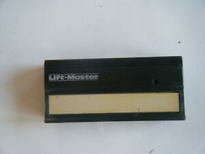 LiftMaster single button Garage Door HBWO710 81LM Green Learn Button