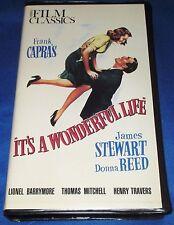 CAPRA'S It's A Wonderful Life B&W (1946) Clamshell VIDEO CLASSICS by Kartes Com.