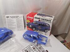 Model Kit Jeep Grand Cherokee Michigan State Police
