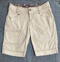 Athleta Size 8 Slick Rock Bermuda Capri Shorts Corduroy White