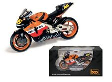 IXO 1/24 Honda RC211V Valentino Rossi 2003 motogp model #46 moto