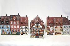 Diorama H0 Faller Häuserzeile 7 Gebäude mit Geschäfte Top gealtert und Patiniert