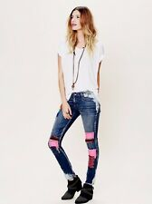 Sz 27 Free People artisan de luxe patched skinny jeans
