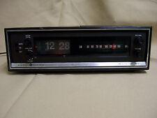 "Vintage GE General Electric C4305A Alarm ""Flip"" Clock AM Radio Wood Grain"