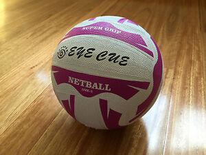 EYE CUE Official Standard Size 5 Super Grip Rubber NetBall Net Ball
