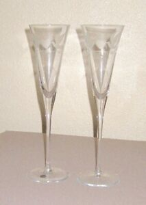 Pair Elegant Wedding Anniversary Crystal Champagne Flutes Love Birds