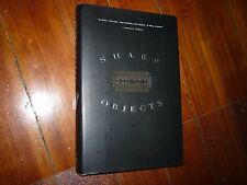 Sharp Objects: A Novel Gillian Flynn 1st