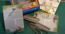 Märklin H0 7292 Railroad Crossing (M Track) With half-barriers - Christmas