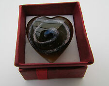 A LARGE HEART (30mm) ADJUSTABLE LAMPWORK GLASS RING.    (5)