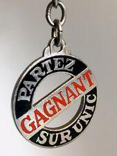 Porte-Clés Key ring Émaillé - CAMION UNIC / PARTEZ GAGNANT SUR UNIC Old Keychain