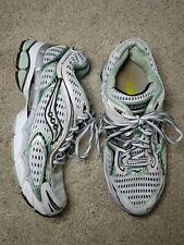 Saucony Pro Grid Triumph 6 XT900 Womens Running Shoes Size US 8 White/Mint Green