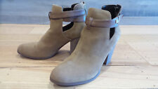"Guess Womens Brown Tan Suede Leather Ankle StrapBoots Shoes 7.5 M 3.5"" Heel EUC"