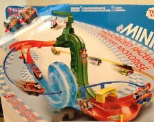 Fisher-Price Thomas and Friends MINIS Motorized Raceway NEW race track