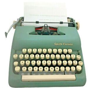 Old Vtg 60's Smith Corona Sterling Typewriter Jadeite Mint Seafoam Green Works