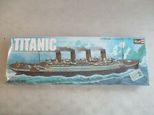 VINTAGE 1976 1/570 SCALE RMS TITANIC MODEL KIT REVELL MINT IN BOX H-445