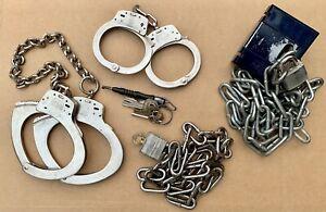 Smith And Wesson Prisoner Transport Handcuffs Set Leg Irons La Grange KY Prison