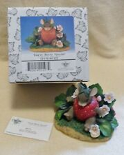 Charming Tails You're Berry Special #89/122 Mouse figurine Vintage Dean Griff