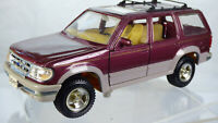 Vintage Maisto 1:24 Ford Explorer Jeep SUV 4x4 Rare Diecast Model Toy Car Van