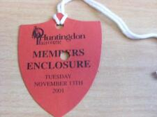 13/11/2001 Hutingdon Races - Horse Racing Badge (good condition with no apparent