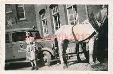 Foto, Lazarettzeit in Bernburg (Saale), 1942-1944, Pferd zieht Sanka Pkw (N)1250