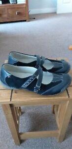 Clarks Ladies Flat   Black Casual Shoe Size Uk 6 D