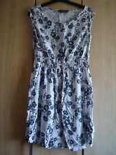 DOROTHY PERKINS - MINI / SHORT SLEEVELESS DRESS - SIZE 12 - BLUE FLORAL - SEQUIN