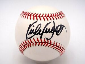 KIRBY PUCKETT SIGNED RAWLINGS BASEBALL BECKETT (BAS) CERTIFIED AUTOGRAPH AUTO