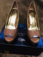"Señoras ""Negro Gardina"" Peeptoe Platform Court Shoes Size 8/42 Nuevo Color Nude"