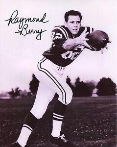 RAYMOND BERRY HAND SIGNED 8x10 PHOTO+COA      FOOTBALL HOF     BALTIMORE COLTS