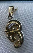 ORIGINAL Colgante Horoscopo de DISEÑO. Oro de 18 ktes AMARILLO y BLANCO.