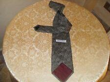 Cravatta GIORGIO ARMANI vintage in seta made in Italy.