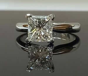 2ct Princess Cut Diamond Solitaire Engagement Ring/White gold