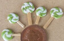 1:12 Scale 5 Flat Lime Lollipops Dolls House Miniature Sweet Shop Accessory Fl