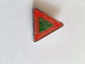 Vintage enamel pin badge cycling proficiency