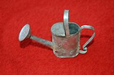 Ancien petit arrosoir miniature,art-populaire  décoration